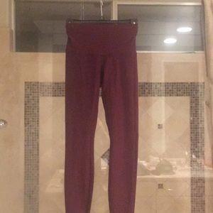 Lululemon reversible burgundy leggings 4